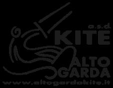Logo Alto Garda Kite a.s.d. Schwarz auf weiss gezeichneter Kitesurfer inkl. Schriftzug und Website des Vereins